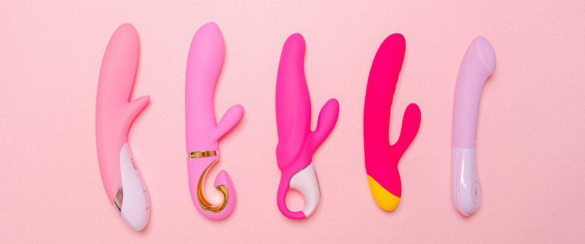 rabbit-vibrators-on-pink-background